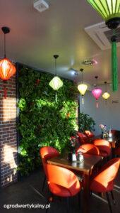 zielona-sciana-restauracja-170x300